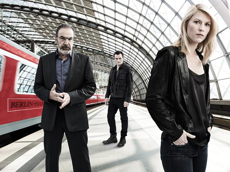 homeland-season-5-cast-photo.jpg