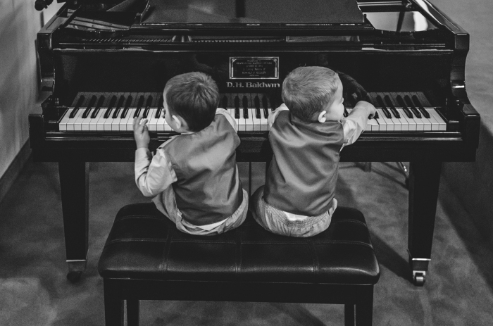 boys-at-the-piano_27047899571_o.jpg