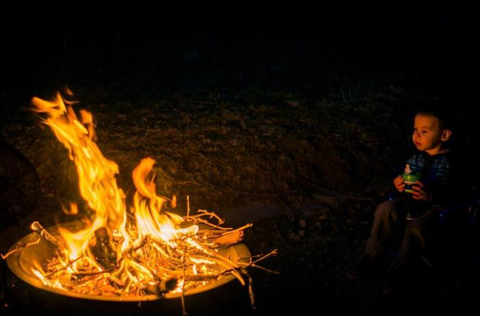 micah-and-i-enjoying-an-evening-bonfire-life-is-good--aksarbenliving-micahmasato-childhoodunplugged_24914107694_o.jpg