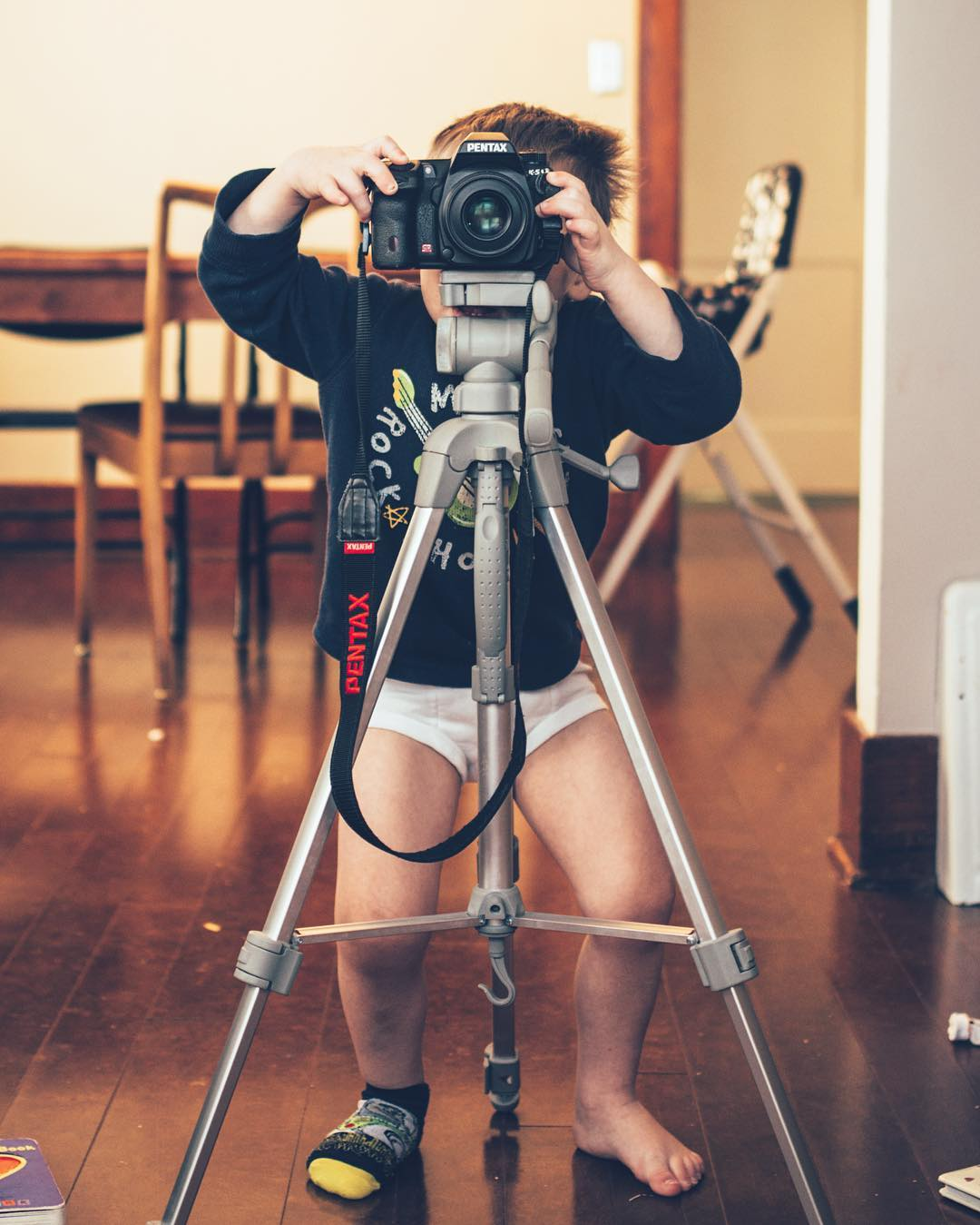 taught-this-little-photog-the-basics-of-how-to-use-a-camera-this-morning-yes-hes-got-major-bed-head-no-pants-and-only-one-sock-on-usually-the-model-is-the-one-in-their-underwear-but-not-today-welcome-to-our-family---aksarbenliving-mi_25022151136_.jpg