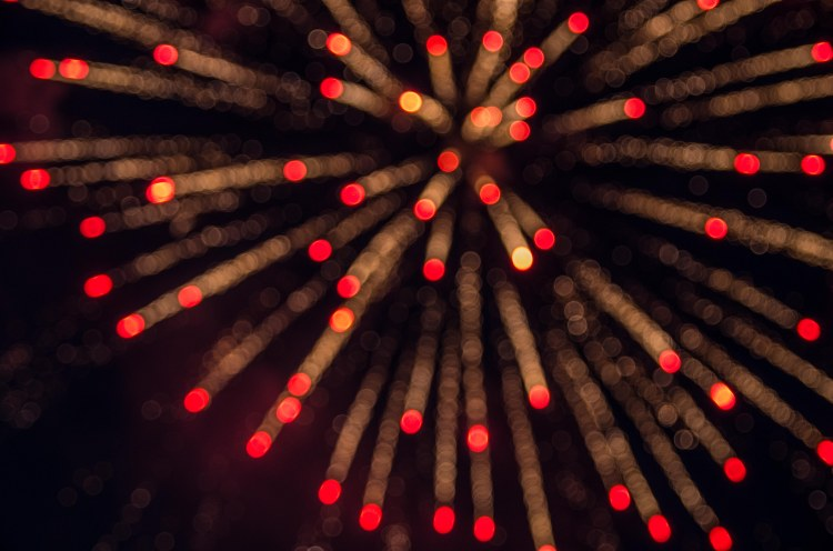 bokeh-fireworks_14596651473_o.jpg