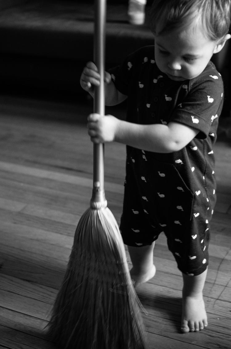 micah-sweeping-up_14714869690_o.jpg