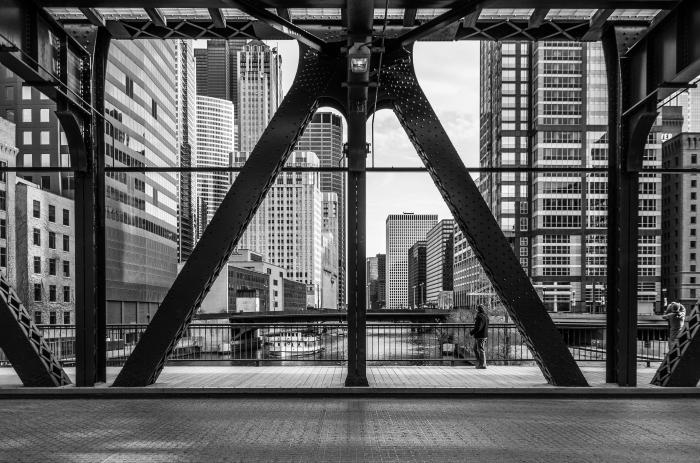 through-the-bridge_13955092968_o.jpg